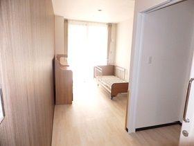 介護老人保健施設 三沢長生園 高級感ある個室